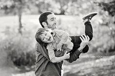 lifestyle family photographer in kansas city