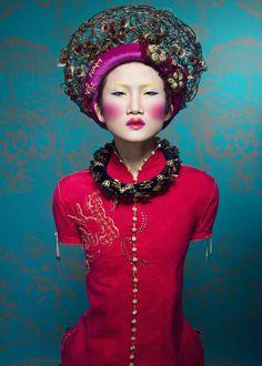 ♔ Pour la Tête ♔  hats, couture headpieces and head art - Photographer : Quang Khue