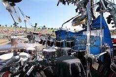 Drummerworld: Carter Beauford