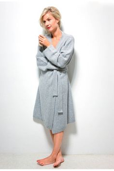 Kashmina Lux Robe - Must have! Must Haves, Cashmere, Beige, My Style, Classic, How To Wear, Jackets, Fashion, Dress