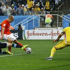 """""""Rasguei o ânus na jogada com Robben"""", diz Mascherano"""