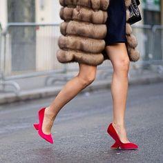 Follow now @ashleesarajones on Instagram Simply fabulous #streetstyle #streetfashion #fur #furfurfall #red #heels #headoverheels #highfashion #photography #love