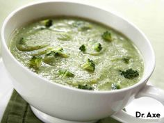 Creamy Broccoli Soup Recipe, Broccoli Soup Recipes, Vegan Recipes, Cooking Recipes, Healthy Cooking, Healthy Fats, Healthy Soup, Dinner Dishes, Main Dishes