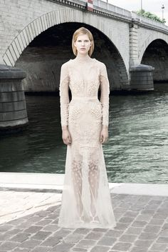 Givenchy - Haute Couture Fall Winter 2011/2012 - Shows - Vogue.it