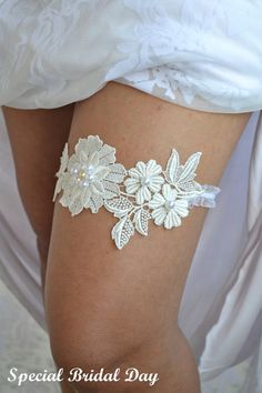 Ivory Lace Wedding Garter Set Ivory Bridal by BridalSpecialDay, €19.00