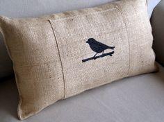tweet birdie hand painted lumbar pillow op Etsy, 29,15 €