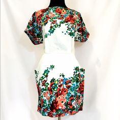 White Floral Party Dress Size Medium   Bust 36-38 Waist 28-30 Length 32  No flaws Dresses