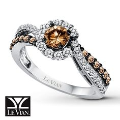 Chocolate diamond ring by Le Vian.