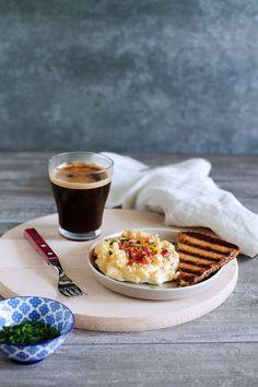 Τα αυγά σύννεφα είναι εύκολα, υγιεινά και γευστικά! Ετοιμάζονται με ελάχιστα υλικά και προσαρμόζονται όπως ακριβώς τα θέλουμε! Brunch, Breakfast, Food, Morning Coffee, Essen, Meals, Yemek, Eten