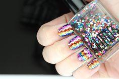 Incredible glitter mosaic nails by Polish All the Nails