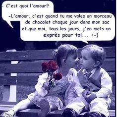 C'est quoi l'#amour ? l'amour c'est quand tu me vole un #morceau de #chocolat chaque #jour dans mon #sac et que moi tous les jours j''en mets en exprès pour toi ! #blague #drôle #drole #humour #mdr #lol #vdm #rire #rigolo #rigolade #rigole #rigoler #blagues #humours