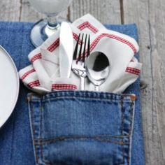 Upcycled Denim Placemats~ Turn your old jeans into fresh and fabulous placemats... plus a quick place card fix.