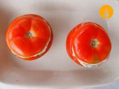 Tomates rellenos de aguacate, jamón y gambas   Recetas de Cocina Casera   Recetas fáciles y sencillas