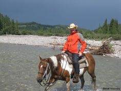 Horseback in the Rockies - Bar JH Trail Rides, Alberta