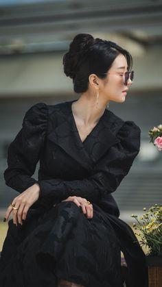 Korean Actresses, Korean Actors, Actors & Actresses, Korean Dramas, Korean Celebrities, Celebs, Korean Girl, Asian Girl, Estilo Tim Burton