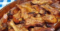 Las costillas al horno es una receta de carne que podemos hacer de muchas maneras, con diferentes aliños o diferentes salsas y acompaña... Mexican Dishes, Mexican Food Recipes, Entree Recipes, Cooking Recipes, Great Recipes, Favorite Recipes, Puerto Rican Recipes, Island Food, Gourmet