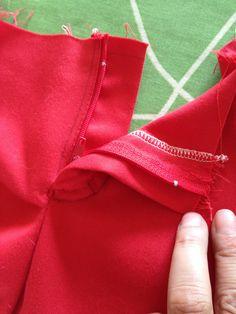 pose d'une fermeture de pantalon.. efficace et clair.. il faut juste bien repérer coté droit et coté gauche.. ne pas hésiter à prendre un pantalon pour modèle les premières fois!! :)