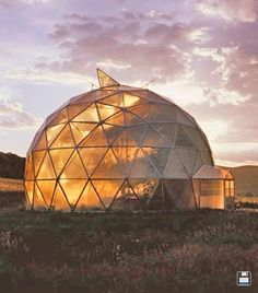 Using The Right Soil In Your Geodesic Dome Greenhouse. I want one!!