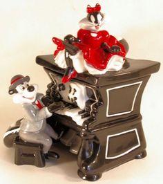 Cookie Jar Rare Pepe And Penelope On Piano By Warner Bros Studio