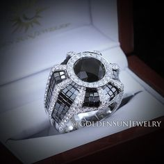 GOLDEN SUN JEWELRY: Black and white diamond pinky ring. With a design that brings out the fire in these diamonds.