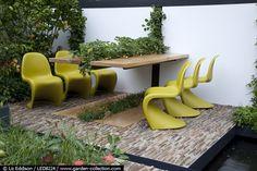Идея для столика в саду
