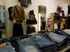 Shops in Berlin: Made in Berlin vintage store in Berlin Mitte. Via iannsterdam.com - Amsterdam lifestyle blog iannsterdam >> Your Little Black Book about hotspots, travel and things to love…