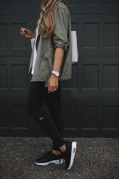 leggings and Nike black sneakers #styleblogger