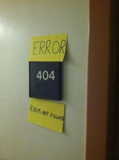 This is great office humor. Website humor is something we can relate to here at Young Company. Humour Geek, Tech Humor, Guy Humor, Computer Humor, Computer Lab, Geek House, 404 Pages, Internet Explorer, Office Humor
