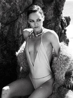 Photoshoot : Vanessa Paradis by Ben Hassett – Violet Grey   SHUNRIZE