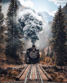 Manzara değişir, insanlar değişir, ihtiyaçlar değişir ama tren hep ileri gider. Hayat bir trendir, tren istasyonu değil.❄ (@doguekspres…