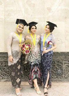 Kebaya Muslim, Kebaya Modern Hijab, Model Kebaya Modern, Kebaya Hijab, Kebaya Brokat, Muslim Hijab, Batik Fashion, Hijab Fashion, Model Dress Kebaya