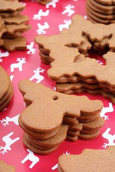Pierniczki na choinkę – Kuchnia w formie Christmas Baking, Winter Christmas, Xmas, Holiday, Baking Recipes, Cake Recipes, Polish Recipes, Polish Food, Food Cakes