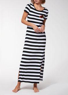 Compra Vestido Largo Motivo Raya en la tienda oficial Calzedonia. Una larga tradición de la Moda y de calidad.