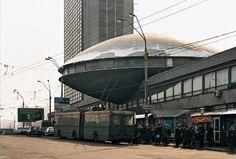 CCCP // ECCENTRIC ARCHITECTURE IN THE URSS // TASCHEN