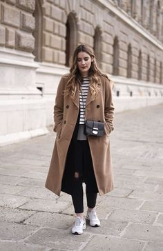 7 Ways To Wear: Layering - Glittery Peonies Trends, Outfit, Layers, Normcore, Beige, Coat, How To Wear, Jackets, Style