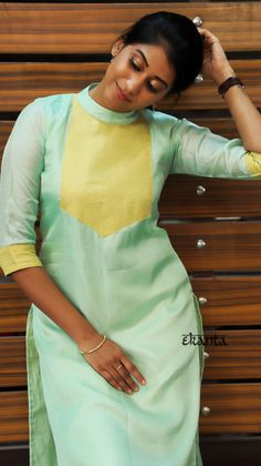 Salwar Suit Neck Designs, Kurta Neck Design, Salwar Designs, Dress Neck Designs, Kurta Designs Women, Kurti Designs Party Wear, Blouse Designs, Fancy Dress Design, Stylish Dress Designs