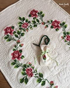 Embroidery, Rugs, Home Decor, Cross Stitch Embroidery, Farmhouse Rugs, Log Projects, Dots, Needlepoint, Decoration Home