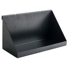 Brett GALLER svart. 20x12,5 cm. Brikke i pulverlakkert metall.  Bakomliggende oppheng som passer til vårt metallnett GALLER. Det finnes både esker og kroker i