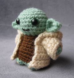 PATTERN for Yoda - Star Wars Mini Amigurumi *PLEASE NOTE - THIS LISTING IS FOR A CROCHET PATTERN NOT THE FINISHED ARTICLE.*This is ...