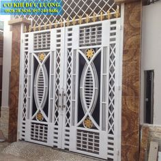 Grill Gate Design, Window Grill Design Modern, House Main Gates Design, Steel Gate Design, Main Door Design, Front Door Design Wood, Front Gate Design, Door Gate Design, Wrought Iron Gate Designs
