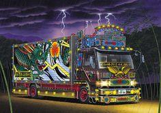 dekotora colorful trucks, Japan