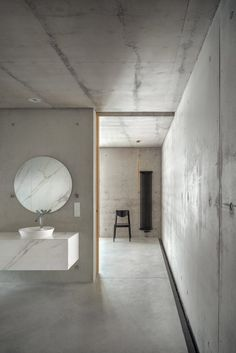 Studio De Materia submerges private rooms of House JRv2 into sloping terrain Modern Minimalist House, Minimalist Home Decor, Houses In Poland, Best Bathroom Colors, Private Room, Amazing Bathrooms, Sweet Home, Studio, Detached House