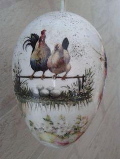 egg art-very cool!