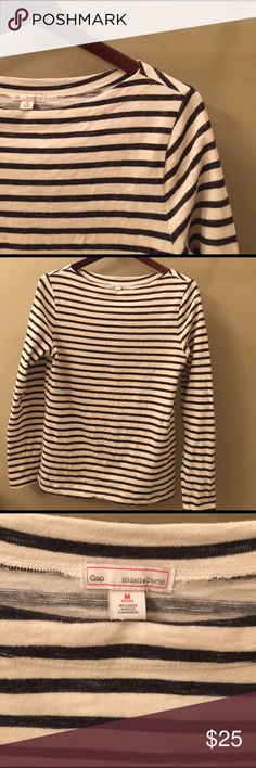 GAP Navy and Cream Stripped Long Sleeve Top GAP Black and Cream Stripped Long Sleeve Top In great condition. No flaws. Super soft and comfy. Boat neck style. Heavier weight cotton but great for Spring or Fall or cooler nights. Size: Medium Petite ( but I'm a Small regular and it fits me ) GAP Tops Tees - Long Sleeve