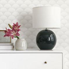 Sfera base lámpara | Elegancia pura. Sfera, una base de lámpara redonda en color azul intenso que aportará la elegancia que tu salón o dormitorio se merecen.