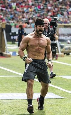 Rich Froning four time CrossFit Games Champion. Fitness Motivation, Fitness Goals, Fitness Tips, Fitness Routines, Body Fitness, Physical Fitness, Mens Fitness, Health Fitness, Crossfit Inspiration