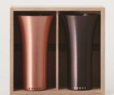 【純銅製タンブラー2個セット マット&ブラウン】 縁起の良さにこだわり抜いた究極の純銅製タンブラー。高級感あふれる桐箱に入ったペアカップはビール好きな人に使ってもらいたいアイテム