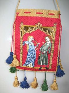 http://threegoldbees.com/projects/5-embroidered-lovers-purse