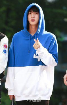 #JIN 18.06.01 BTS arrival on Music Bank