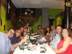 Cena de gala y galanes en el local de Amparito el día 4